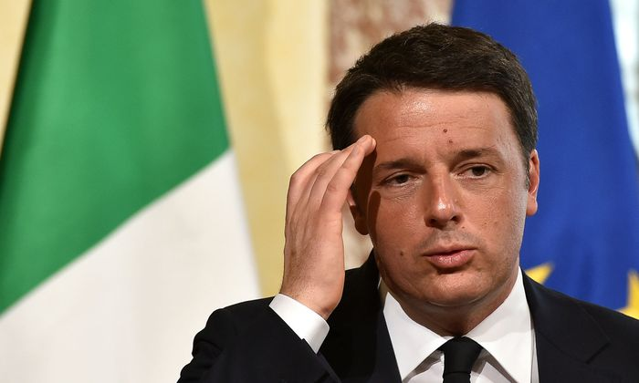 Matteo Renzi hofft auf eine Interimsregierung mit Hilfe der Fünf-Sterne-Bewegung.
