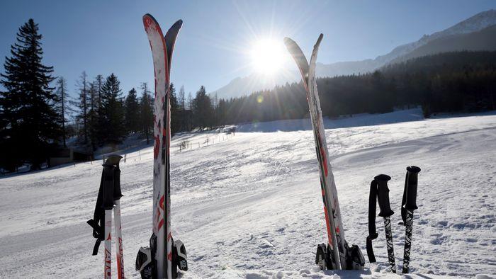 Zum Skifahren in die Berge
