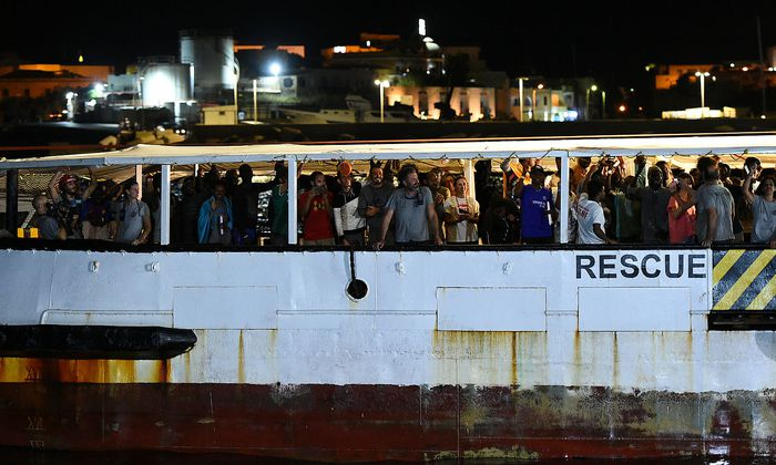 Ankunft der Open Arms in Lampedusa