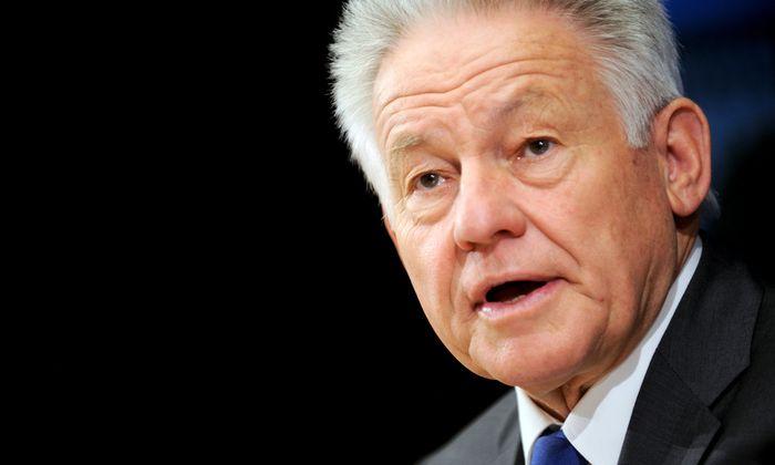 Oberösterreichs Alt-Landeshauptmann Josef Pühringer (ÖVP) fordert eine Anhebung des Pensionsantrittsalters.