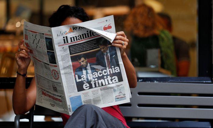"""""""Der Spaß ist vorbei"""" titelte das linke Blatt """"il manifesto"""" zum Rücktritt von Ministerpräsident Conte."""