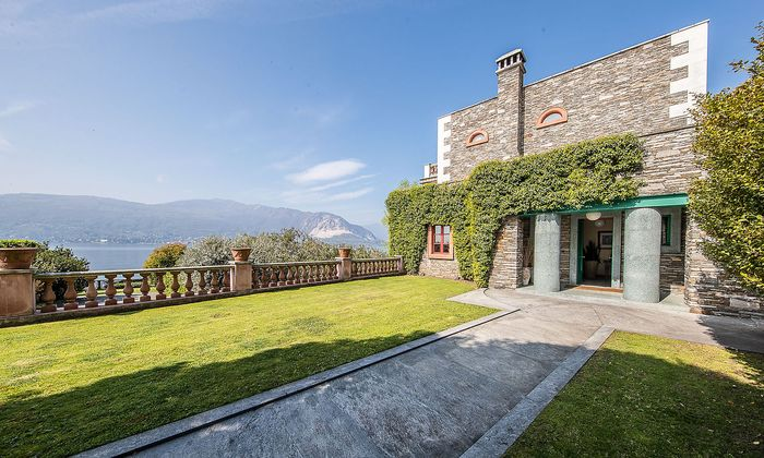 Die Villa Alessi in Verbania wurde 1989 nach den Plänen von Aldo Rossi gebaut.