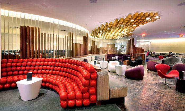 New York, JFK. Sieben Jahre im Dienst, noch immer eine der schönsten Lounges überhaupt.