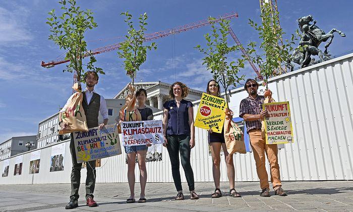 FODERUNGUNGEN UND LAGE DER KLIMAPOLITIK IN OeSTERREICH: ROGENHOFER