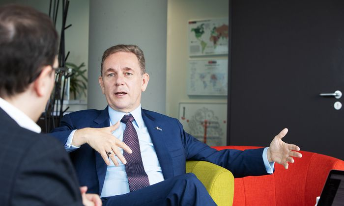 Europa würde sich meist durch Krisen weiterentwickeln, sagt Peter Oswald, CEO von Mondi.