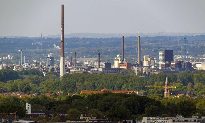Symbolbild: Werksgelände der Bayer AG in Leverkusen