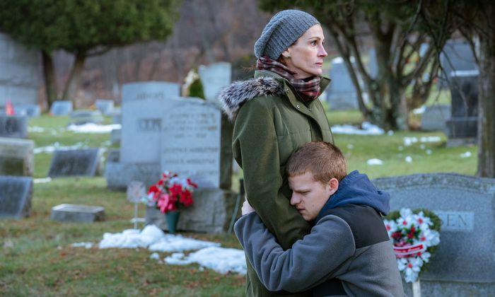 Diesmal werde er nicht rückfällig, sagt der drogenkranke Ben – und seine Mutter will ihm glauben, kann es aber nicht. Julia Roberts und Lucas Hedges überzeugen in einem Familiendrama, das sich sonst nicht allzu sehr um Glaubwürdigkeit schert.