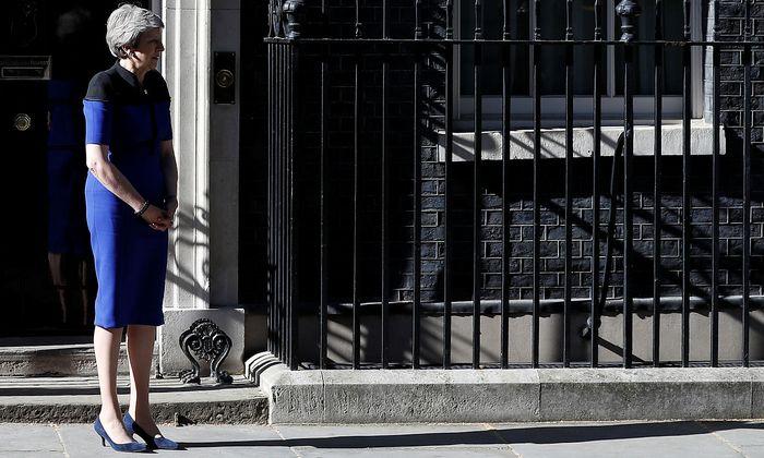 Theresa May wartete an ihrem Amtssitz in London am Dienstag auf Beusuch von Nato-Generalsekretär Jens Stoltenberg.