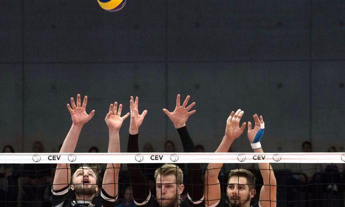 Kein Ball zu hoch, kein Smash zu scharf: Österreichs Volleyballer bestanden den Härtetest am Netz.