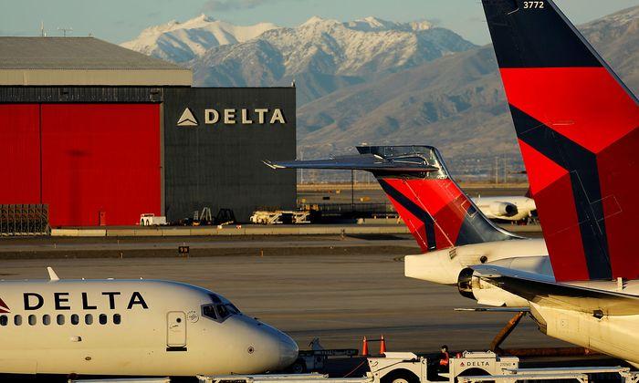 Archivbild von Delta-Airlines-Flugzeugen - hier am Flughafen in Salt Lake City.