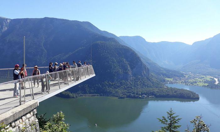 Bevor es in das Bergwerk geht, kann vom Rudolfsturm aus der Ausblick genossen werden.