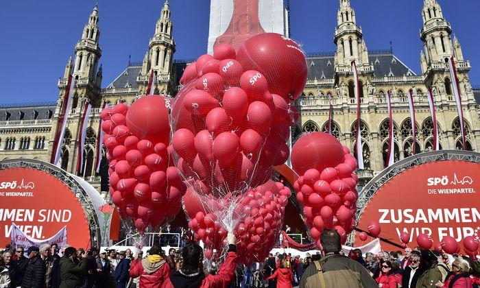 Blick auf die Festbühne während der 1. Mai-Kundgebung der SPÖ am Mittwoch, 1. Mai 2019
