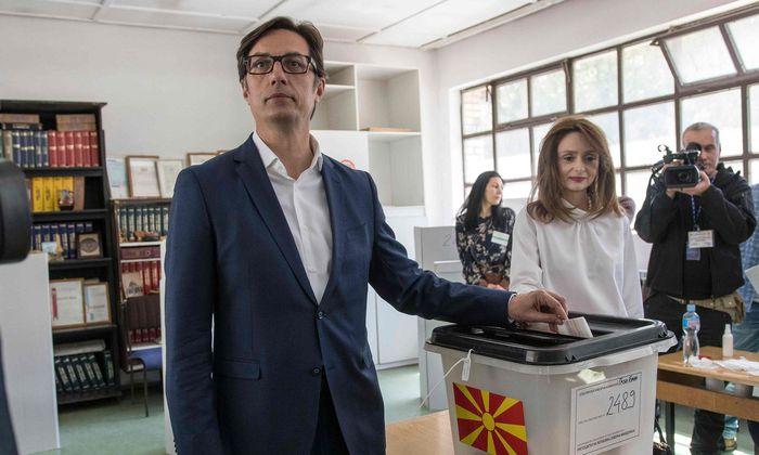 Sozialdemokrat Stevo Pendarovski bei der Wahl in Nordmazedonien in Führung