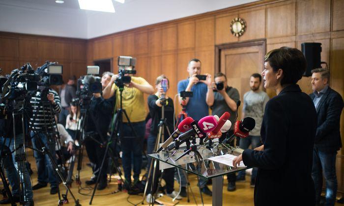SPÖ-Chefin Rendi-Wagner bei einer Pressekonferenz am Dienstag.