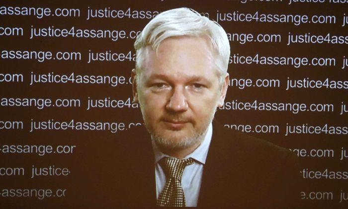 WikiLeaks-Gründer Assange ließ sich bei der Pressekonferenz seiner Anwälte zuschalten. Er fordert Großbritannien und Schweden auf, ihn gehen zu lassen.