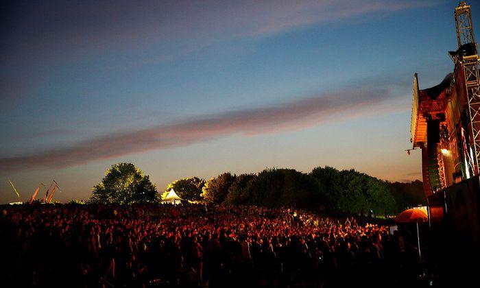 Symbolbild: Eine Bühne beim Donauinselfest 2017
