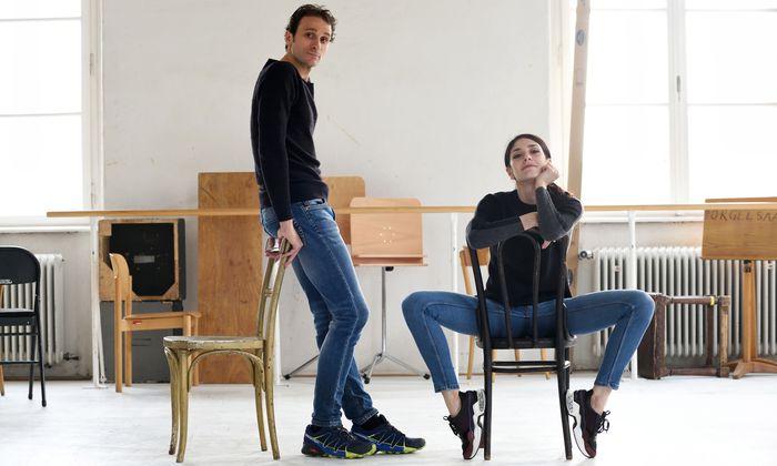 """Die Ersten Solisten Ketevan Papava und Roman Lazik erleben das Staatsballett als """"große Familie""""."""
