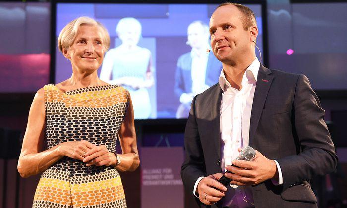 Neos-Vorsitzender Matthias Strolz (r.) und Irmgard Griss