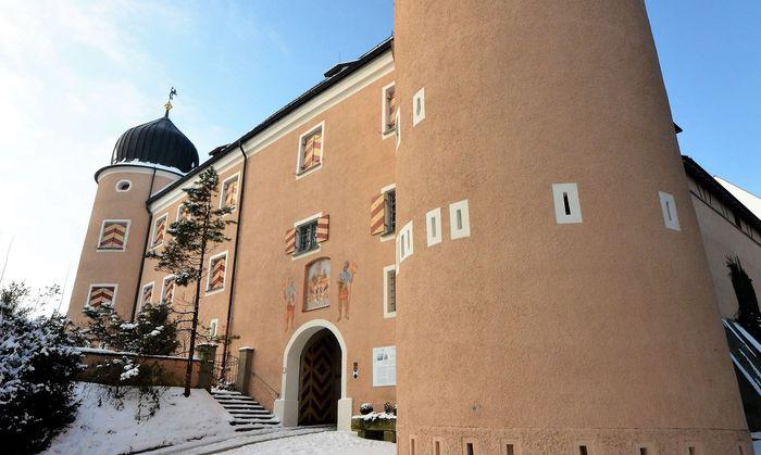 Die Kronburg, ein Renaissancejuwel im Allgäu.
