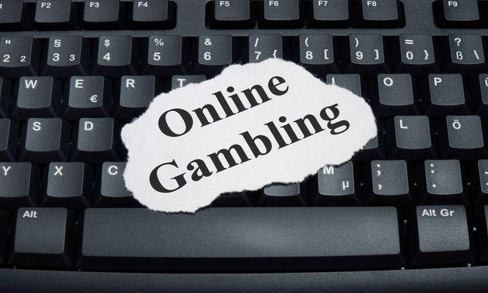 Tastatur und Online Gambling Tastatur und Online Gambling 01 03 2018 Borkwalde Brandenburg Auf e