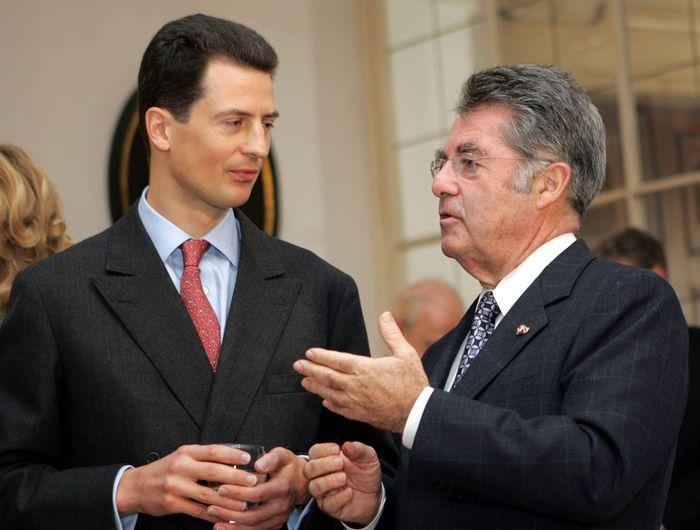 Erbprinz Alois bei einem Treffen mit Bundespräsident Heinz Fischer.