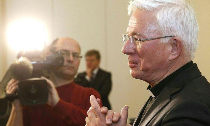 Heute wird Salzburgs Erzbischof Franz Lackner über die Arbeit in Kärnten informieren.