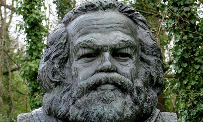 Zwischen Marx Joker wahre
