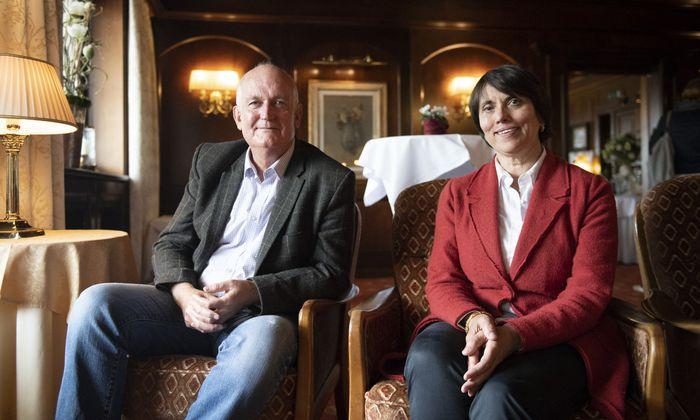 Chris Ruane und Martina Esberger- Chowdhury.