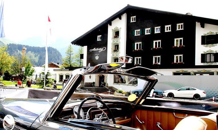 Alpiner Luxus im Hotel und auf der Strasze