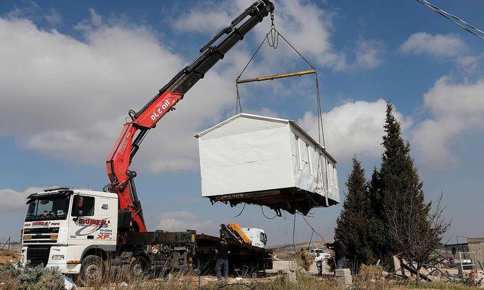 Illegale Siedlungen werden geräumt.