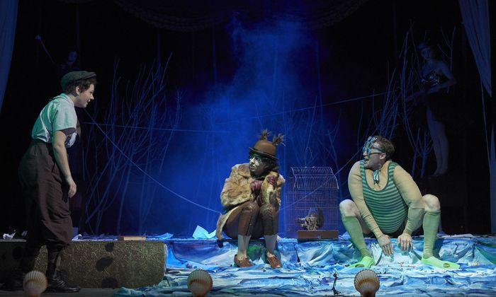 Die Mitglieder des Jungen Ensembles des Theaters an der Wiener Kammeroper (JET) können in szenischen Produktionen Bühnenerfahrung sammeln.