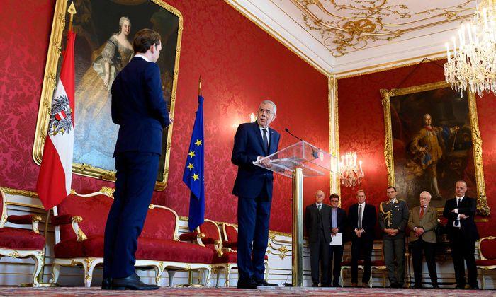 Sondierungen gestartet: Für Klima, Sicherheit, Europa: Van der Bellen gab Kurz Regierungsauftrag