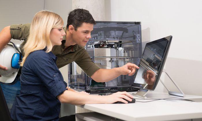 Im Dualen Studium Smart Engineering an der FH St. Pölten ist eine Elektrotechnik-Lehre integriert.
