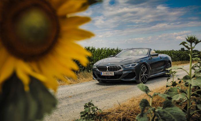 Das große Format für die schöneren Tage des Jahres – und vielleicht des Lebens: BMW 840d Cabrio.