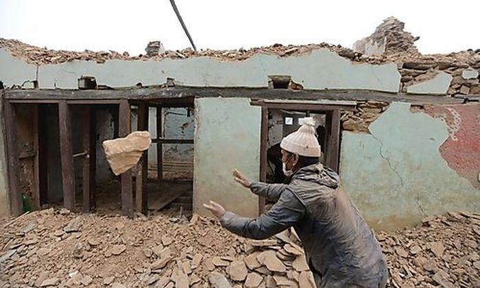 Der Wiederaufbau in Nepal geht auch ein jahr nach dem Erdbeben nur langsam voran