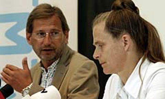 Minister Hahn und Meteorologin Kromp-Kolb.