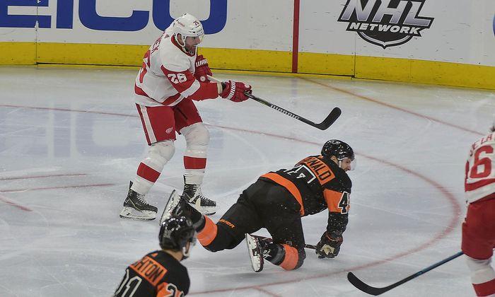 NHL: Detroit Red Wings at Philadelphia Flyers