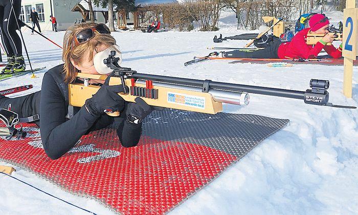 Claudia Lagler im Biathlon-Kurs: Je mehr man übt, desto schlechter schießt man.