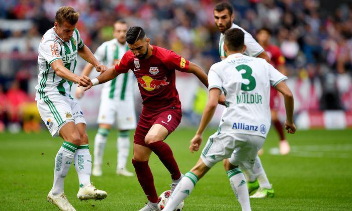 Rapid hat auf Leader Salzburg 15 Punkte Rückstand.