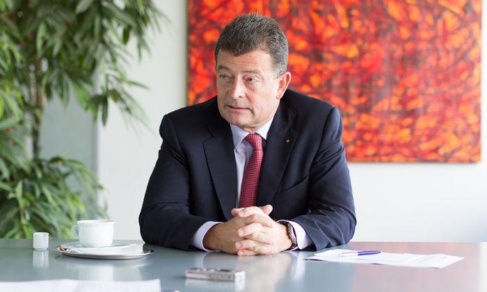 Stefan Ottrubay ist Vorstand der Esterházy-Stiftung und Generaldirektor der Esterházy-Betriebe. Seine Beziehung mit dem Land Burgenland war nicht immer friktionsfrei.
