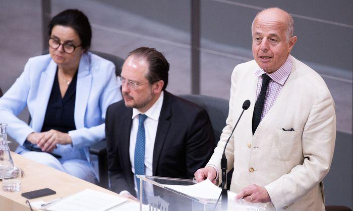 Justizminister Clemens Jabloner (3.v.l.)