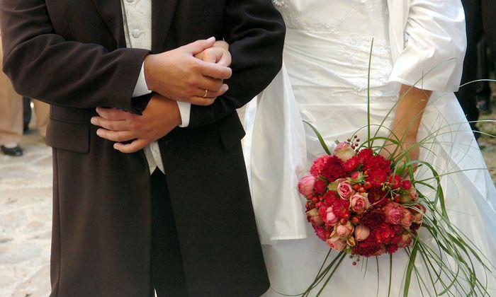 Fast 29 Jahre nach der Hochzeit hatte die Ehefrau im Jahr 2016 die Scheidungsklage eingereicht.