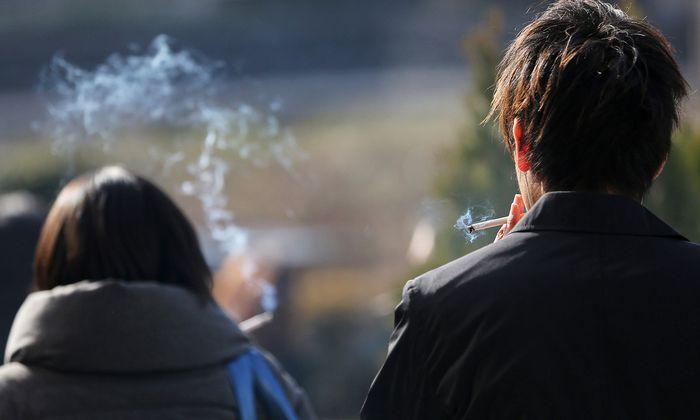 Ein Wissenschafter kritisiert Österreichs Umgang mit dem Rauchen.