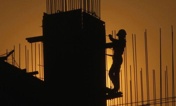 Im Schnitt arbeiten Bauarbeiter derzeit bis knapp 57 Jahre. Durch das Überbrückungsmodell soll das faktische Pensionsantrittsalter steigen.