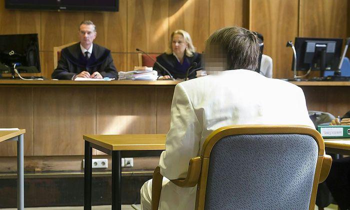 Alen R. am Dienstag vor Gericht