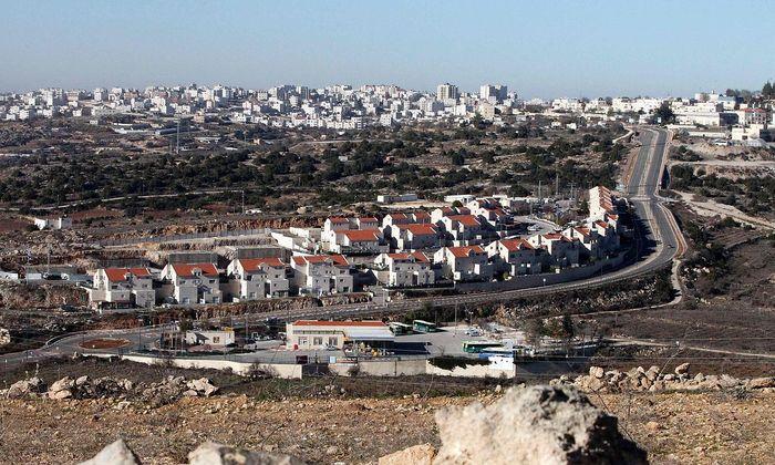 Die israelische Siedlung Kiryat Arba am Rande der palästinensischen Stadt Hebron im Westjordanland.