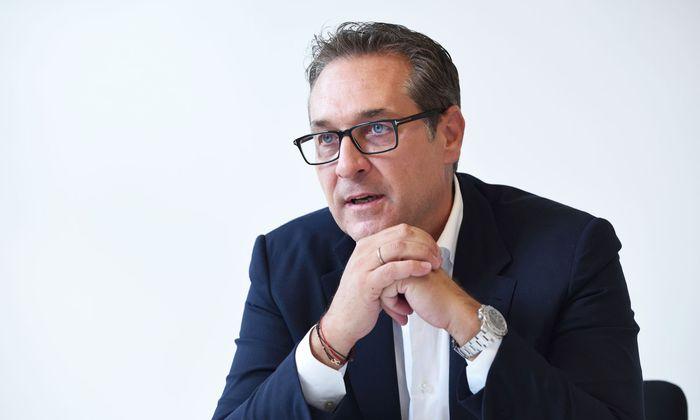 Fünf Tage vor der Wahl bricht die FPÖ offiziell mit ihrem Ex-Parteichef und dessen vermeintlichem Luxusleben auf Kosten der Partei.