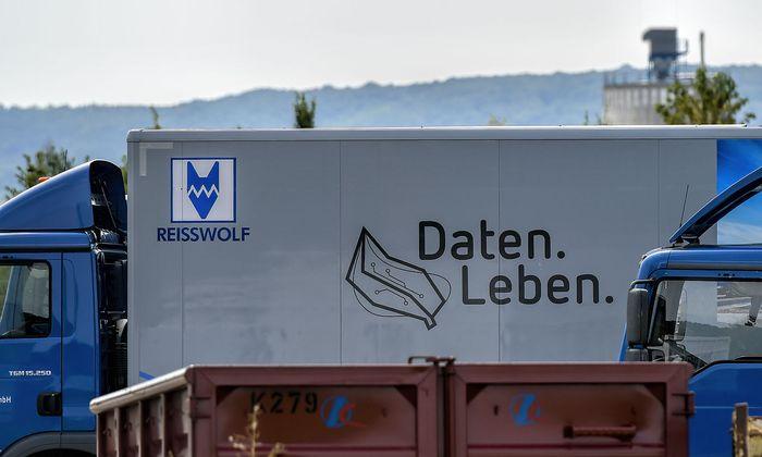 Die Firma Reisswolf sah in dem ÖVP-Mitarbeiter, der mehrere Druckerfestplatten mehrfach schreddern ließ, einen ungewöhnlichen Kunden.