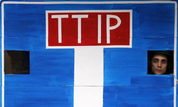 Die Gegner des Pakts mit den USA sammelten mehr als drei Mio. Unterschriften.