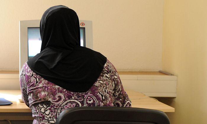 Feature: Muslima sollte im Backoffice-Bereich bleiben